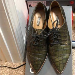 Ecco ladies dress shoes